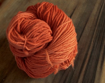 Orange Madder Dyed Yarn, Naturally Dyed Yarn, Plant Dyed Yarn, Orange Yarn, Orange Merino Yarn, Superwash Merino Yarn, Worsted Merino Yarn