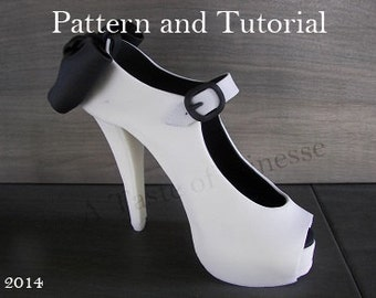 Instant Download Tutorial and Pattern Fondant High Heel Cake Topper, Tutorial and Pattern Fondant Cake Decoration High Heel Shoe