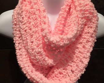 Crocheted scarf, Soft pink crochet infinity scarf