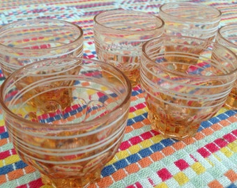Beautiful French vintage pink coral set of 6 small glasses