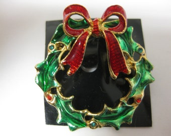 2 Christmas Wreath Pins Makes great Stocking Stuffers 1 For You & 1 For A Friend pin48a