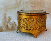 Vintage filigree Jewelry box // oval brass jewelry box // Mid century Jewelry box