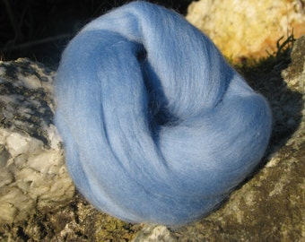 SALE Merino Wool Roving/top 64's 23 Microns - SKY. For Spinning,Wet or Needle Felting, Craft Work.
