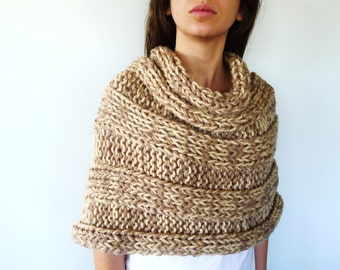 Women's wool poncho | Knitted shoulder wrap | Chunky knit poncho | Hand knitted poncho | Gift idea for her