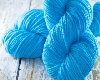 Hand Dyed Yarn Merino Worsted in Cyan Aqua Blue