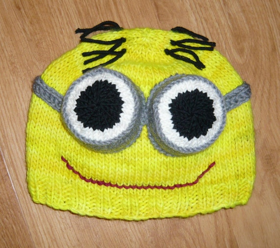 Despicable Me Minion Hat Knitting Pattern pdf - yellow, purple, one or two ey...