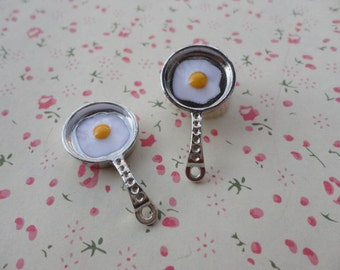 50pcs Antique silver Metal Charms- egg pan charms pendant 30X15x3mm