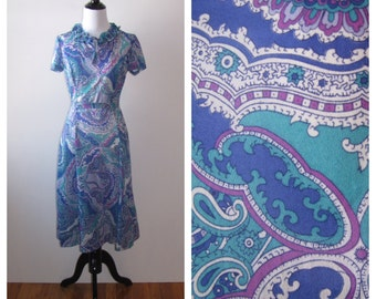 Vintage 1970s Miss Casualmaker Paisley Day Dress