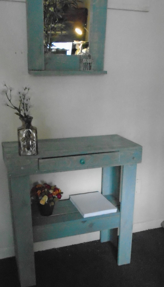 bo Vanity table or small desk plus magnificent by