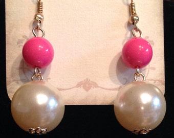 Hot pink and pearl dangle earrings