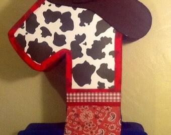 First birthday cowboy pinata. Cowboy party themed. Cowboy birthday party. Cowboy piñata.