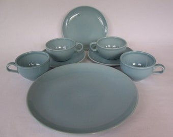 Vintage Russel Wright Iroquois Dinnerware Ice Blue      S494