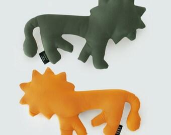 Lion. collection Zanimo. Plush Orange / persimmon