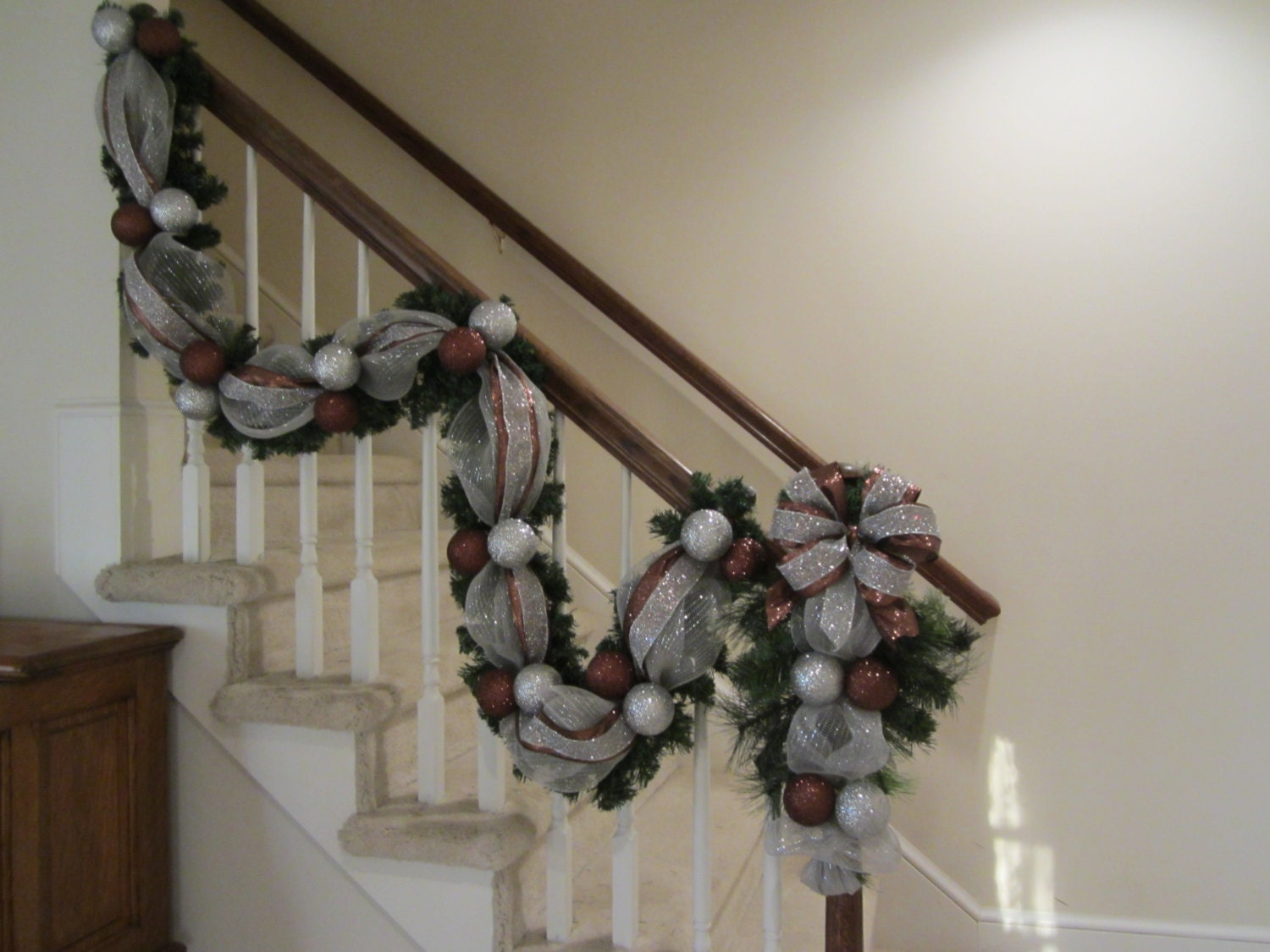 Christmas Garland & Wreath Swag,Tear Drop, Deco Mesh, Staircase Post Rail, Wall, Mantel, Door Pine Wreath Swag, Silver, Bronze Holiday Decor