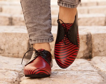 Leather Shoes, Printed Oxford Shoes, Close Shoes, Flat Shoes, Black and Red Shoes , Free Shipping