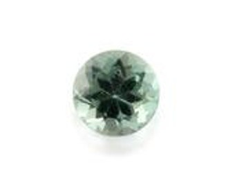 Natural Green Apatite Loose Gemstone Round Cut 1A Quality 4mm TGW 0.20 cts.