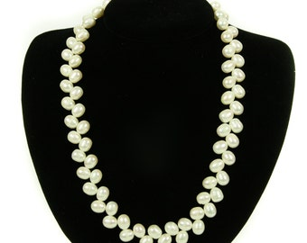"Beautiful ""Zig-Zag"" Pearl Necklace, White"