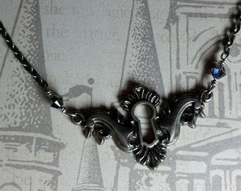 Heliotrope Keyhole Necklace