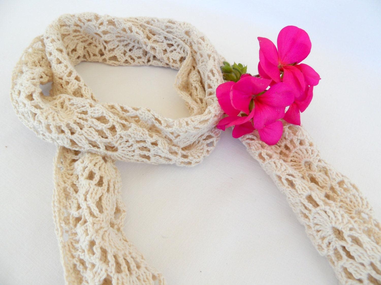 crocheted lace scarf shawl romantic art deco beige cotton. Black Bedroom Furniture Sets. Home Design Ideas