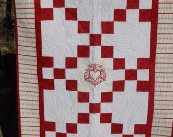 Sweetheart Lap Quilt - FREE SHIPPING