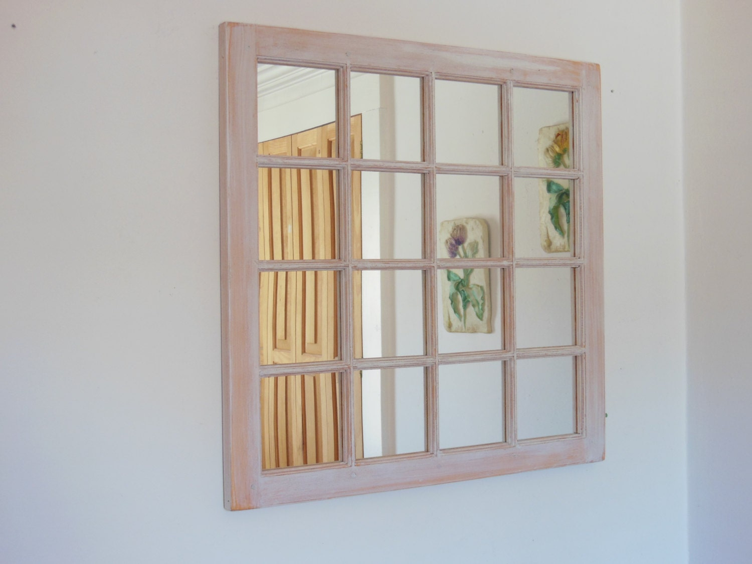 Pr t exp dier fen tre miroir miroir encadr cadre de for Fenetre miroir