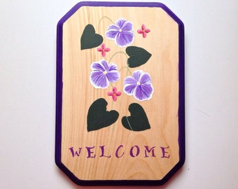 Wooden Welcome Sign With Hand Painted Violets, 10 x 7 inches, Purple sign, Flower sign, floral spring welcome sign, purple flowers