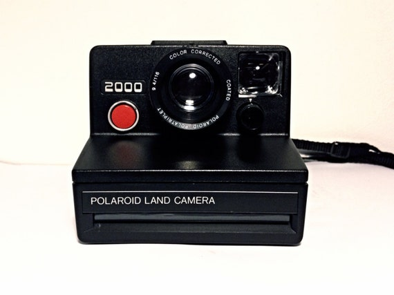red button polaroid 2000 land camera tested. Black Bedroom Furniture Sets. Home Design Ideas