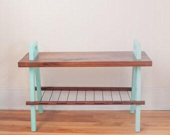 "25"" entryway/hallway storage bench in walnut"