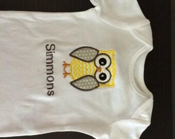 SALE 40% OFF- Cute Baby Boy Clothes- Boy shirt-Boy Clothes-Boy Owl Bodysuit- Personalized Owl Bodysuit- Baby Clothing-Owl Clothes Applique