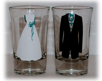 Set of TWO (2) Bride and Groom Shot Glasses, Mr. and Mrs. Shot Glasses, Mr. and Mrs. Wedding glasses, Bride and Groom Glasses, Wedding Gifts