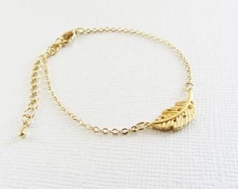 Gold leaf charm bracelet/charm bracelet/leaf bracelet/gold leaf bracelet