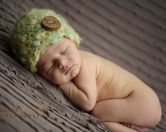 Thick and Thin Wool Hat With Tree Branch Wooden Button Handmade Chunky Newborn Beanie Wooden Button Baby Boy Girl Hat Photo Prop