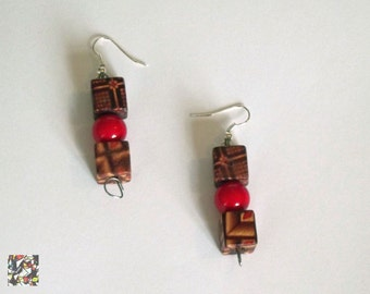 Earrings, wood, ready to ship, free shipping, worldwide, handmad, made in italy, woman, fashion, brown, pearl, red