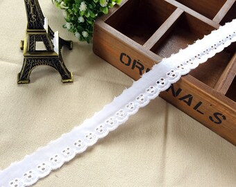 White cotton embroidered lace 0.98 inches wide 3 yards beautiful lace trim