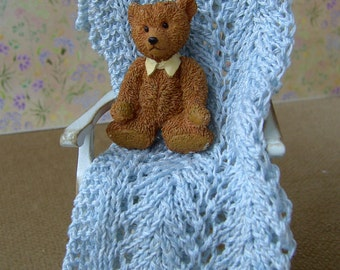 Dollhouse hand knitted throw. Blanket. Afghan. 1/12 scale. Fine cotton. Blue/white. Micro knitting. Handmade.