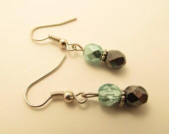 3908 - Czech Glass Earrings