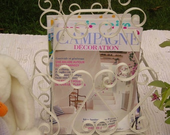 Vintage french country shabby chic ivory/cream curly wrought iron magazine rack