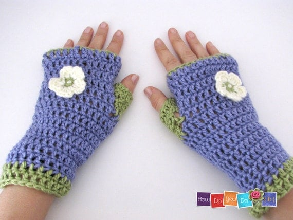 Crochet Mitten Patterns For Beginners : Beginner Crochet Photo Tutorial Fingerless Gloves Pattern