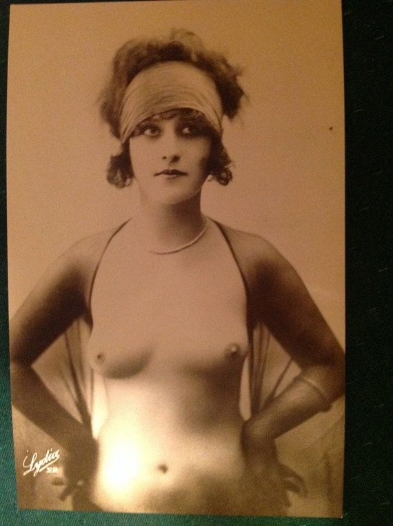 Antique porn 1920s bastille day hairy french girls 2