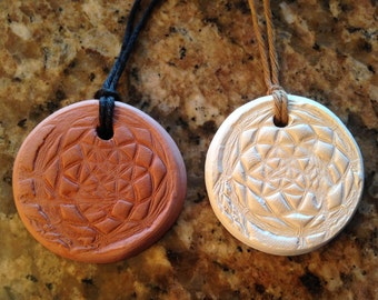 Native American Clay DREAMCATCHER Aromatherapy PENDANT ~ Essential Oils Diffuser -doTerra-YL