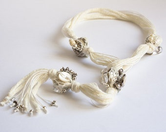 Comete-Valentines-Y-necklace in White cotton, resin items, shell, glass, metals, silver, steel, silk