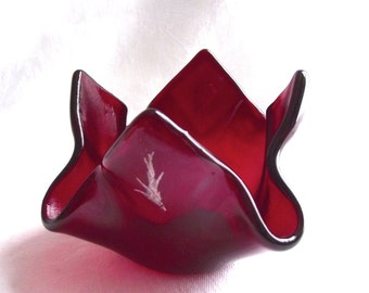 Red Candleholder, Red Fused Glass Candleholder, Red Tealight holder, red votive holder, eco friendly gift, retirement gift, red home decor,
