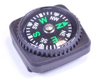 Compass - great for paracord bracelets!