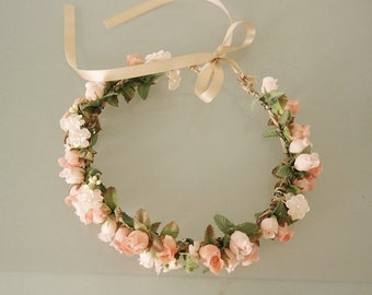 Floral Rosebud Crown