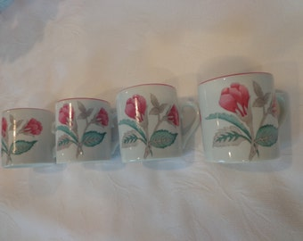 Artist Signed Leart from Brazil Demitasse set of 4 Cups, Espresso Cups from Brazil by Leart, Pink Floral Hand Painted cups