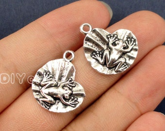 30pcs of AntiqueTibetan silver Frog on lily pad Charms pendants  19x16mm