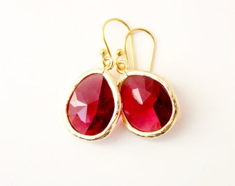 Red Glass Earrings Red Crystal Earrings Crystal Drop Earrings Dangle Earrings Bridesmaid Earrings Sparkly Earrings Gift for Mom Valentine's