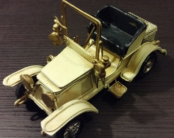Handmade Antique Imitation Vintage Steel Car