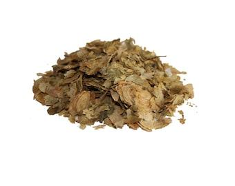 1 oz (30 g) Dried Organic Common Hop cones (Humulus Lupulus)