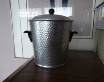 MMA (Madrid Metal Manufacturers)  Madrid Spain - Mid-Century HAMMERED ALUMINUM  Ice Bucket with Black Bakelite Handles & Top Knob